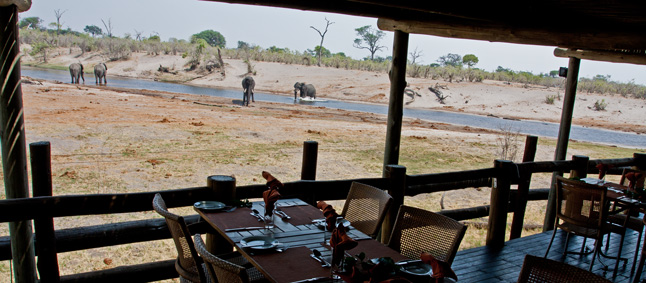 http://www.mittafrika.net/wp-content/uploads/2012/10/IMG_3240_savuti_saf_lodge.jpg